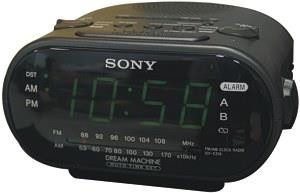 B/W Wireless Camera Clock Radio